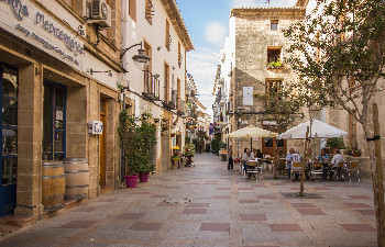 Restaurants in the old town of Javea